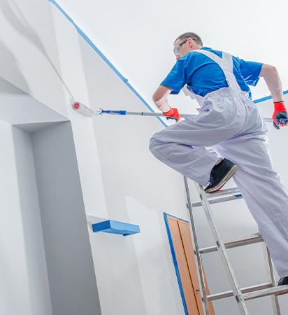 Nettoyage industriel et services associés : peinture des murs